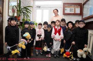 Micii Papusari - ARLECHIN Botosani-03-240