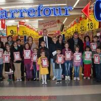 Carrefour Botoşani a oferit unei eleve o călătorie de vis la Disneyland