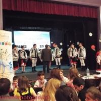 """Festivalul Naţional """"Cânt şi joc Moldovenesc"""" un concurs de succes la Botoşani"""