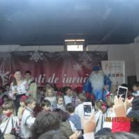 Arlechin la Botoşani Shopping Center, prima întâlnire cu Moş Nicolae