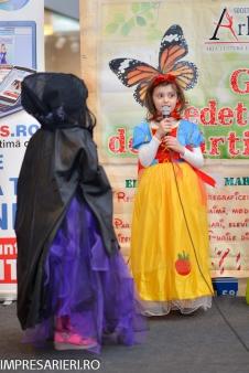 Gala Vedetelor de Martisor - Clubul ARLECHIN - Botosani Shopping Center FOTO - 2015 (102 of 359)