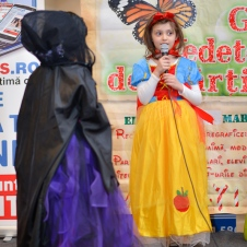 Gala Vedetelor de Martisor - Clubul ARLECHIN - Botosani Shopping Center FOTO - 2015 (102 of 359)