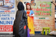 Gala Vedetelor de Martisor - Clubul ARLECHIN - Botosani Shopping Center FOTO - 2015 (109 of 359)