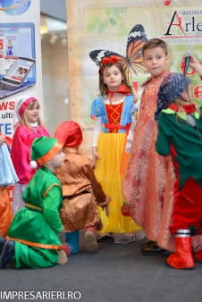 Gala Vedetelor de Martisor - Clubul ARLECHIN - Botosani Shopping Center FOTO - 2015 (128 of 359)