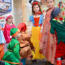 Gala Vedetelor de Martisor - Clubul ARLECHIN - Botosani Shopping Center FOTO - 2015 (128 of 359)