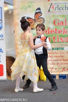 Gala Vedetelor de Martisor - Clubul ARLECHIN - Botosani Shopping Center FOTO - 2015 (164 of 359)