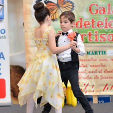 Gala Vedetelor de Martisor - Clubul ARLECHIN - Botosani Shopping Center FOTO - 2015 (164 of 359)