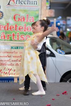 Gala Vedetelor de Martisor - Clubul ARLECHIN - Botosani Shopping Center FOTO - 2015 (165 of 359)