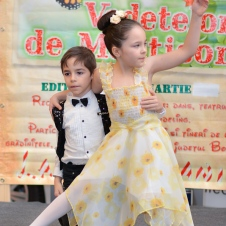 Gala Vedetelor de Martisor - Clubul ARLECHIN - Botosani Shopping Center FOTO - 2015 (172 of 359)