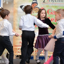 Gala Vedetelor de Martisor - Clubul ARLECHIN - Botosani Shopping Center FOTO - 2015 (189 of 359)