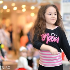 Gala Vedetelor de Martisor - Clubul ARLECHIN - Botosani Shopping Center FOTO - 2015 (324 of 359)