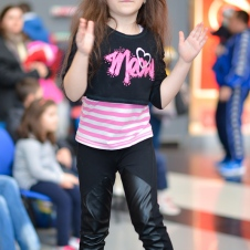 Gala Vedetelor de Martisor - Clubul ARLECHIN - Botosani Shopping Center FOTO - 2015 (335 of 359)