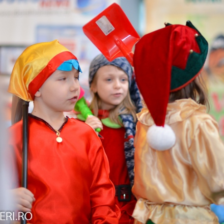 Gala Vedetelor de Martisor - Clubul ARLECHIN - Botosani Shopping Center FOTO - 2015 (60 of 359)