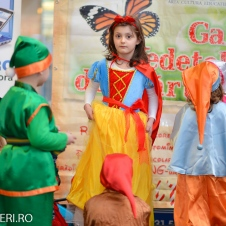 Gala Vedetelor de Martisor - Clubul ARLECHIN - Botosani Shopping Center FOTO - 2015 (86 of 359)
