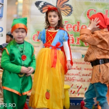 Gala Vedetelor de Martisor - Clubul ARLECHIN - Botosani Shopping Center FOTO - 2015 (87 of 359)