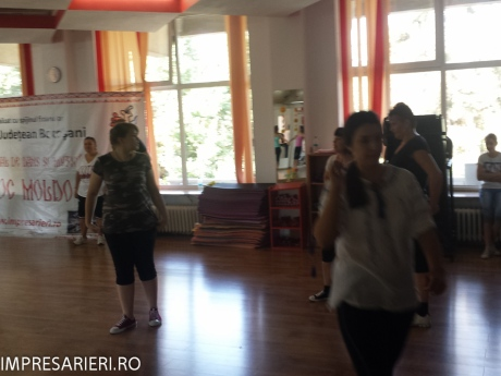 cursuri - worksop-uri dans si muzica populara - cant si joc moldovenesc 2015 (21 of 77)
