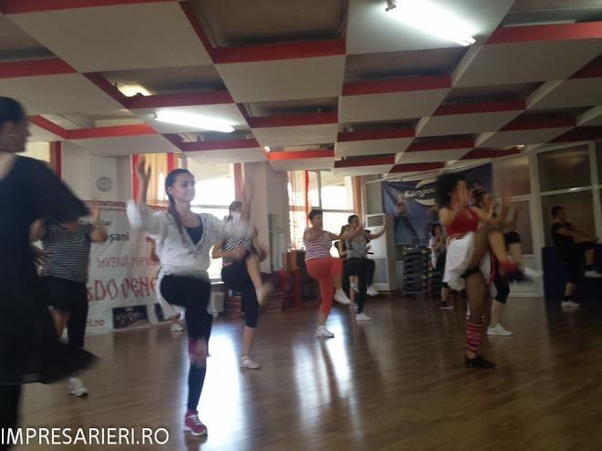 cursuri - worksop-uri dans si muzica populara - cant si joc moldovenesc 2015 (33 of 77)