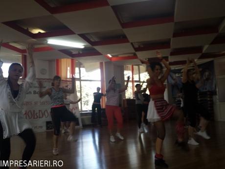 cursuri - worksop-uri dans si muzica populara - cant si joc moldovenesc 2015 (38 of 77)